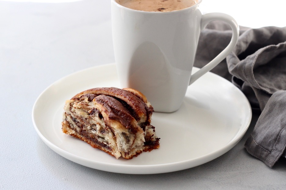 Easy Nutella Swirl Bread with Coffee for Breakfast